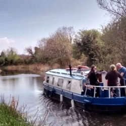 Grand-Canal-Cruise-Sallins-mz4o6y7xazm0em3wd7kuxcwfm30ky19dph6vr24pbk