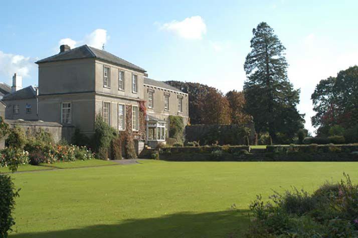 Coolcarrigan House & Gardens 4