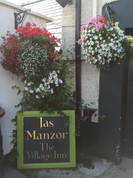 Manzors The Village Inn 5