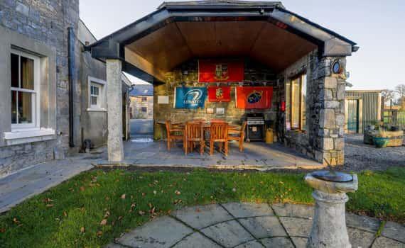 Moate Lodge B&b 2