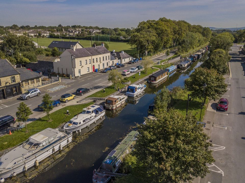 Grand Canal Wayl 2