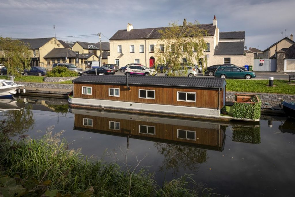 Grand Canal Wayl 5
